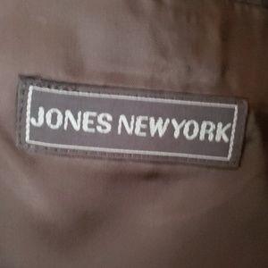 Jones New York Suits & Blazers - Vintage Jones New York 2 Piece Suit